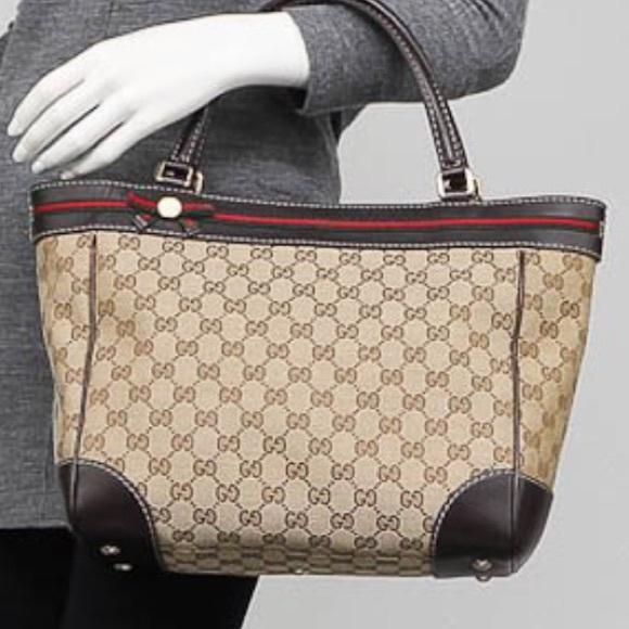 139e68537d63 Gucci Handbags - Gucci Beige/Ebony GG Canvas Mayfair Bow Tote Bag.